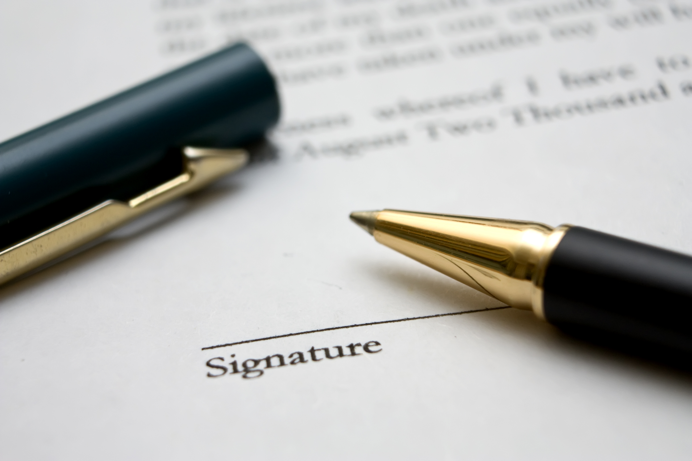Benefits of digital signatures for the financial sector